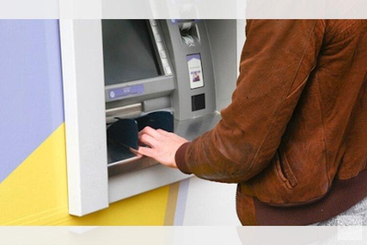Bejaarden slachtoffer van babbeltrucs bij pinautomaten