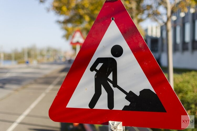 Rijkswaterstaat werkt drie weekenden aan de Rijksstraatweg A44/N44, vertragingen mogelijk tot 30 minuten